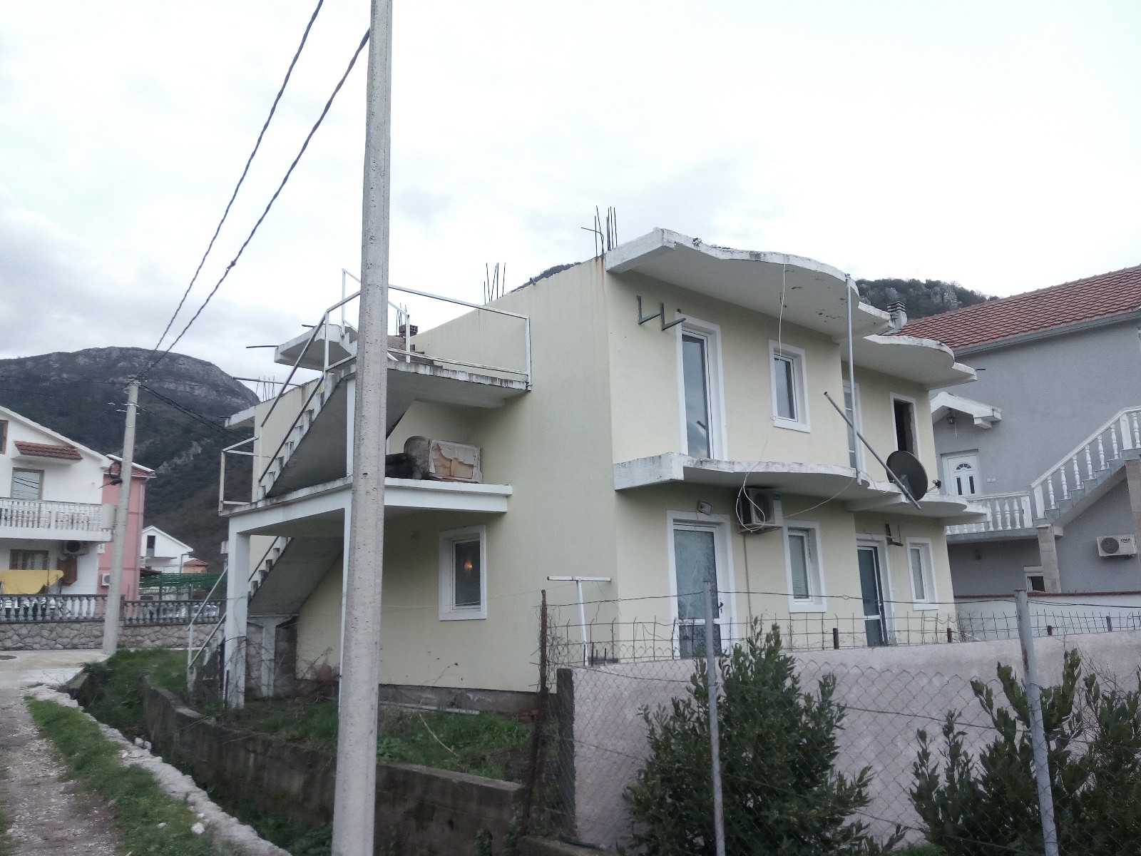 Kuća 246m2 Lastva Grbaljska