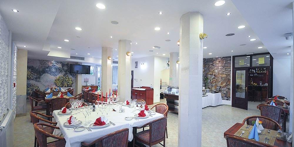 Hotel u Budvi